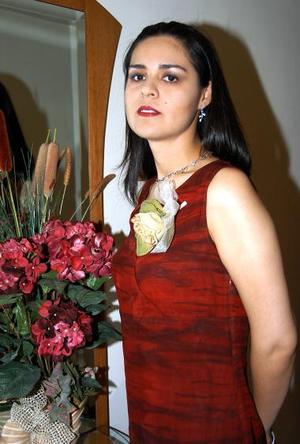 Graciela Reyes Cedillo, captada en la despedida de soltera que le ofrecieron.