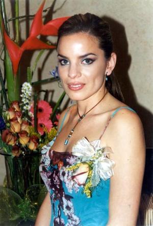 Alma Patricia Acosta Rodríguez en su fiesta de despedida.