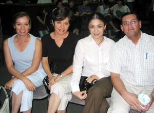 Azucena Ayup, Rosalinda Ayup, Bárbara e Ignacio Balcázar.