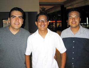 Cuauhtémoc de Jesús Hernández, Manuel Ramírez y Jacobo Martínez.