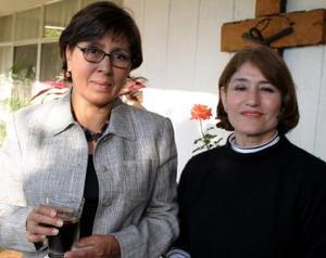 Guadalupe de Aguilera y Aly de Martínez.
