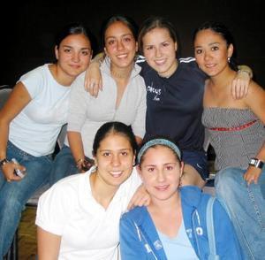 Lili Leal, Maritere Pámanes, Susana Garza, Tahanny Lee, Prsicila Zambrano y Arely Gómez.