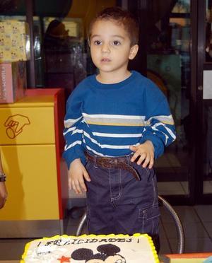 <b><u>17 de marzo</b></u><p> Luis Diego Segura Guajardo festejó su tercer cumpleaños.