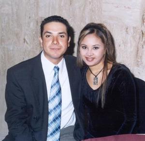Claudia Leonor Sámago y Aquiles González contrajeron matrimonio recientemente.