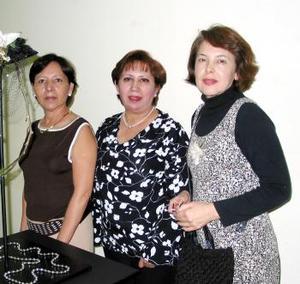 <b><u>19 de marzo </b><u><p> Margarita de Martínez, Lupita de Flores y Silvia de Ibarra.