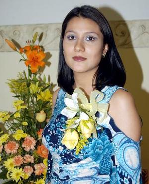 Brenda Celeste Cortés en la despedida de soltera que le organizaron en días pasados.