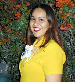 Luz María Sarmineto Espinoza fue despedida de su soltería en días pasados con motivo de su próximo matrimonio