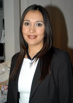 <b><u>21 de marzo </b></u><p> Miriam Guerrero Garza disfrutó de una despedida de soltera.