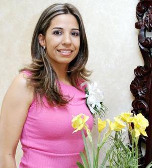 Jessica Evaristo unirá su vida a la de Jorge López Amor Díaz, el próximo 24 de abril de 2004.