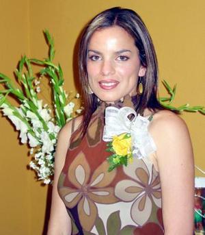 <b><u>22 de marzo </b></u><p> Patricia Acosta contraerá matrimonio con el señor Jorge Mata Carlos el tres de abril de 2004.
