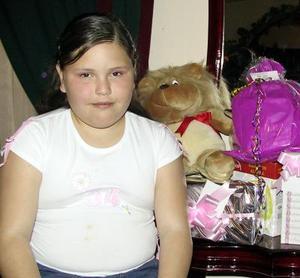 Tania Magallanes festejó su cumpleaños, con un agradable convivio.