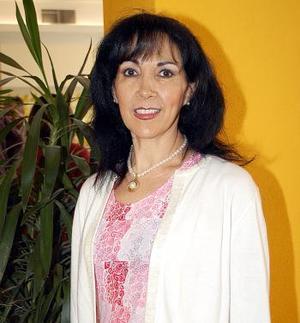 Patty L. de Albuqerque festejó su cumpleaños en días pasados.