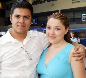 Eduardo Lazarín y Michelle Morales.