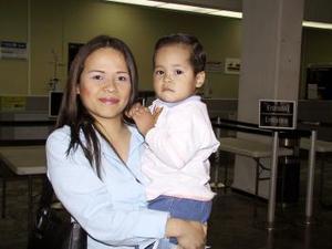 <b> <u> 24 de marzo </u></b> <p> Hilda Ávalos y Josué Ángel González viajaron a Tijuana en donde radicarán.