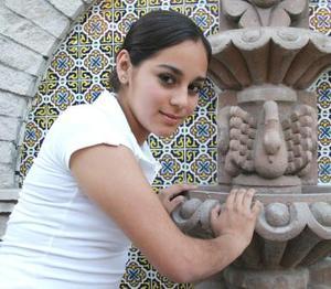 Salma Ayup<p> Colegio: Alemán <p> Grado: Tercero de secundaria <p> Edad: 14 años