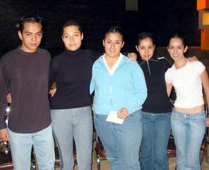 Gaby Ruiz, Karla Marín, Bere Grijalva, Alejandra Gurza y Ricardo Donovan.