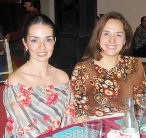 Susana Mijares de Aguirre y Daniela Ortiz de Murra.
