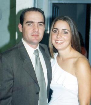 Iván Gutiérrez Leal y Regina Setién Valenzuela contrajeron matrimonio el 27 de marzo de 2004.