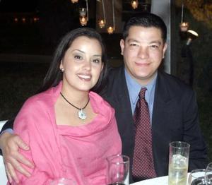 Karina Verduzco y Víctor Campos disfrutaron de una grata velada