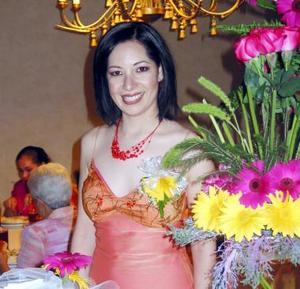 Ada Sonia Flores Rincón disfrutó de su despedida de soltera.