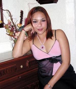 <b><u>25 de marzo </b><u><p> Susana Olivia Bastida celebró su cumpleaños con una fiesta, a la que asistieron familiares y amigos para felicitarla.