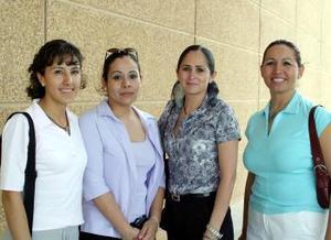Lucero Bustamante, Elena Reyes, Irene Castellanos y Emilia Guevara de Facio.