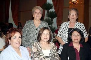 Rosa María de Alonso, María Elena de Ortiz, Patricia de Ulloa, Margarita de Villarreal y Angélica de Alonso.