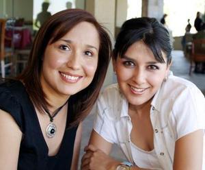 Isabel Iñíguez Mejía y Alejandra Soto Martínez.