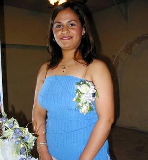 Leticia Bernal Frayre captada en la despedida de soltera, que se le ofreció en días pasados por su próxima boda.