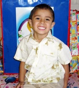 Eduardo Silva Quiñones festejó su cumpleaños con un agradable convivio.