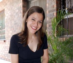 Ana Sofía Martínez contraerá matrimonio con Héctor Raúl Guerra Garza.