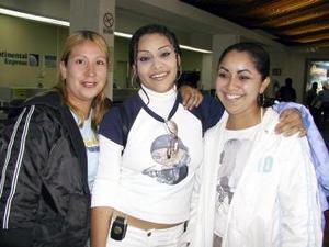 Alma Cecilia Hernández fue despedida por Isabel Hernández antes de viajar a Tijuana.