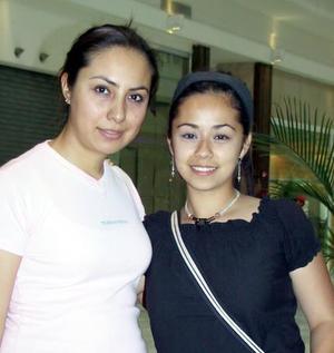 Diana Pérez y Érika Oviedo.