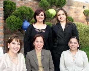 Píldora García, Cecy Verano, Claudia Aguiñaga, Gaby Ramos y Karla Barreda.