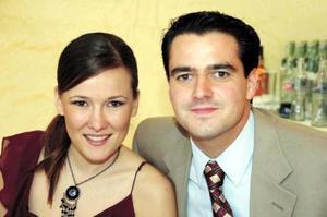 Arlette Maycotte y Alberto Flores.