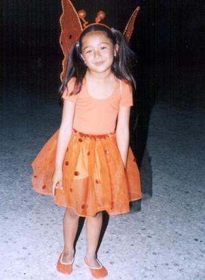 <b><u>04 de abril</b></u><p> Tania Robledo Triana, captada en pasado festejo social.