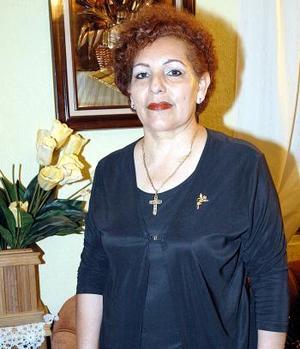 Dina Alcántar de Guadalajara festejó su cumpleaños en días pasados
