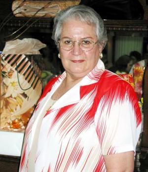 Esperanza López de Jaik festejó su cumpleaños en fechas pasados con un agradable convivio.