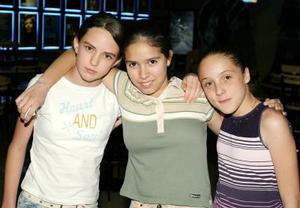 Kay Rodríguez, Andrea Barroso y Cristy Arroyo