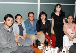 <u><b> 05 de abril </u> </b><p> Luis Villalobos, Carmen González, Francisco García, Elvira Borroel, Janeth Talamantes y Alejandra Alcántar.