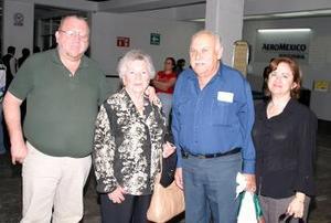 Jorge Láinz, Mica P, de Láinez, Valentín Láinez y Flavia de Láinez