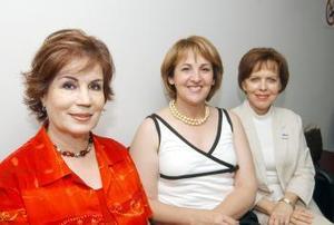 Alma Rosa Escobedo de Campos, Elizabeth Treviño de Abraham y Elisa de Morales.