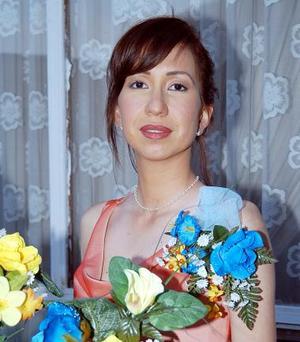 Ana Gabriela Román Leyer fue despedida de su soltería.