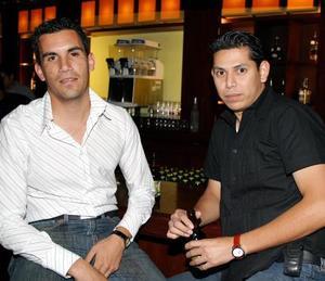 Alejandro González Valdés y Eduardo Ávila Luna.
