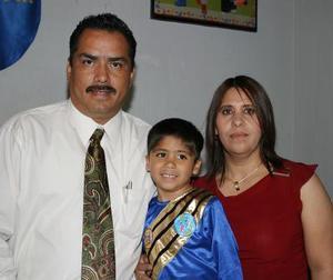 Jesús Manuel Valenzuela Rentería festejó su quinto cumpleaños con una divertida fiesta infantil organizada por sus papás Lucio Valenzuela Moreno y Medina Rentería de Valenzuela.