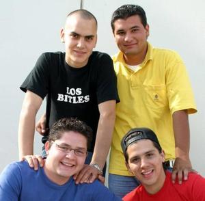 Jorge Manríquez, Aldo González, Israel Alemán y Alaín Faudoa, jóvenes misioneros