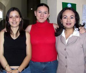 <b><u> 12 de abril </b></u><p> Ana Rubio Walser, Carmen Márquez Carmen Márquez y Julia González Gamboa.