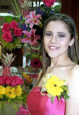Ana Sofía Rosas Martínez en su primera despedida de soltera