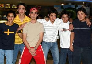 José Venegas, Memo Jiménez, Víctor Gutiérrez, Ricardo Pérez, Carlos Montaña y Francisco Gerte.