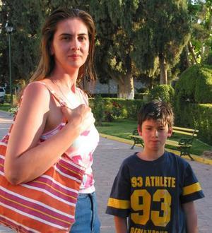 Alejandra Ramírez Gándara y José Manuel  Gómez Ramírez.